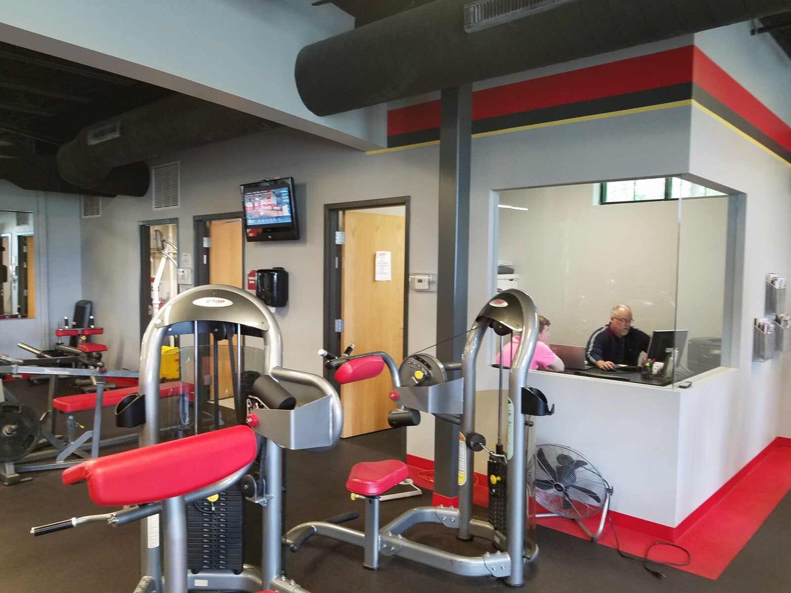 snap fitness, construction management associates, general contractors