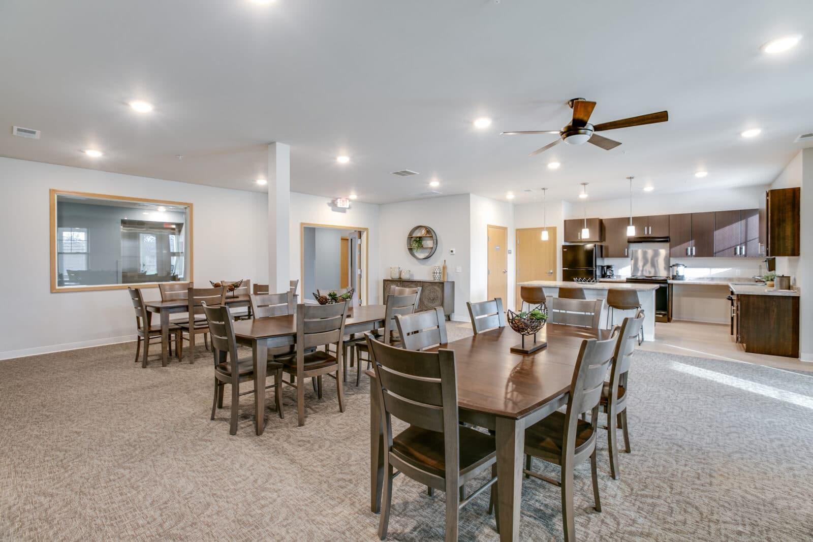whitetail ridge apartments & townhomes, construction management associates, general contractors