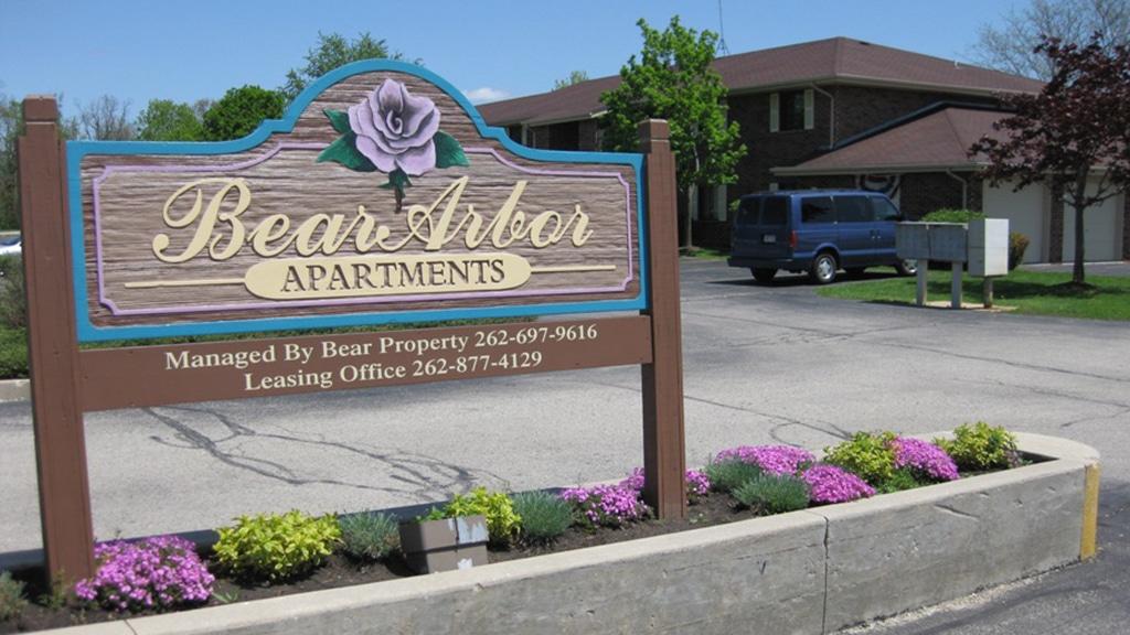 bear arbor apartments, construction management associates, general contractors