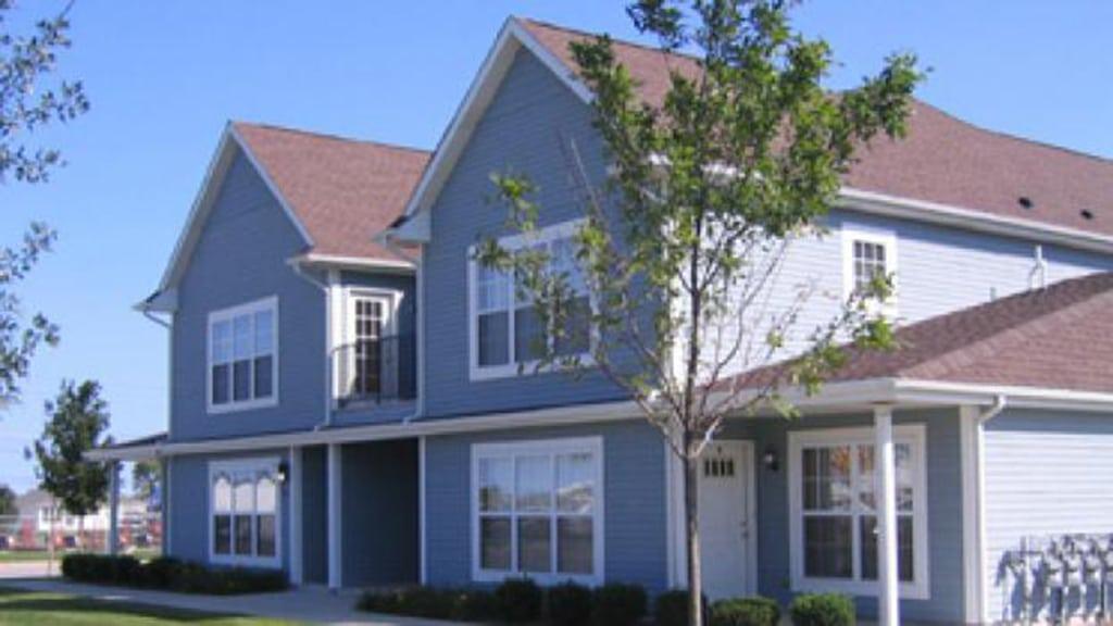 construction management associates, general contractors, jamestown apartments