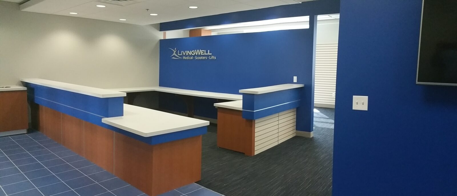 sports physical therapy, construction management associates, general contractors