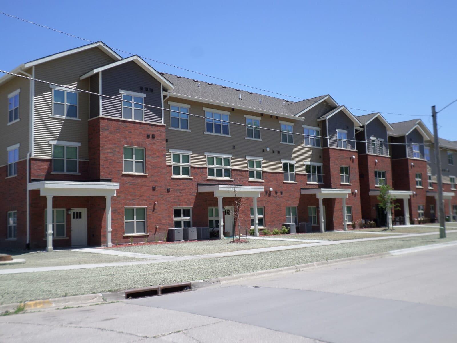 construction management associates, general contractors, willis avenue apartments